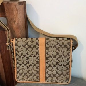 Vintage Coach logo canvas/leather messenger bag